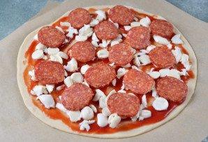 "Пицца ""Пепперони"" с моцареллой - фото шаг 8"