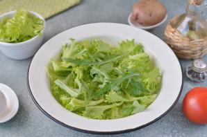Салат с анчоусами и рукколой - фото шаг 3