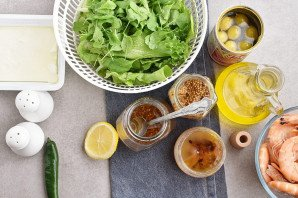 Салат с креветками и брынзой - фото шаг 2