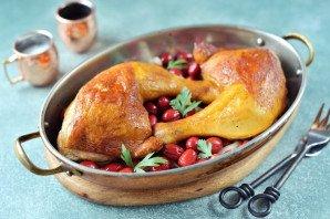 Курица с кизилом в духовке - фото шаг 6