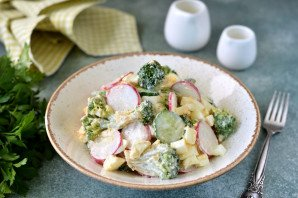 Салат из брокколи и редиса - фото шаг 7