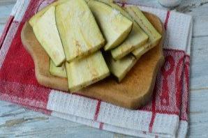 Маринованные баклажаны с чесноком и луком - фото шаг 2