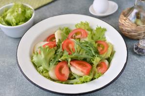 Салат с анчоусами и рукколой - фото шаг 4