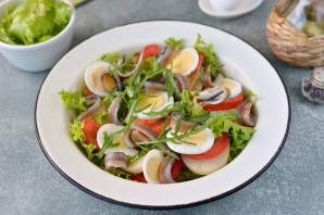 Салат с анчоусами и рукколой - фото шаг 6