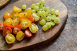 Рыба тушеная с виноградом - фото шаг 3
