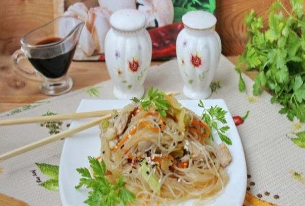 Крахмальная лапша по-китайски