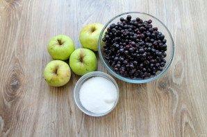 Варенье из черники и яблок - фото шаг 1