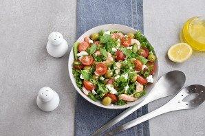 Салат с креветками и брынзой - фото шаг 5