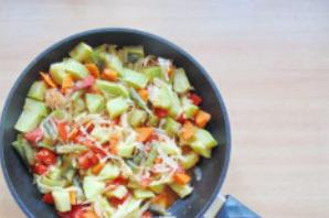 Овощное рагу со стручковой фасолью и кабачками - фото шаг 8