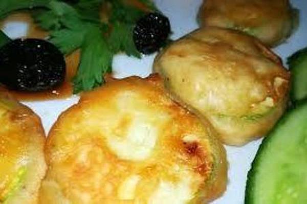 Фото к рецепту: Жареные кабачки в кляре